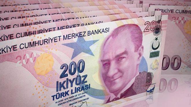Türk Lirası mevduatlarda tarihi hafta