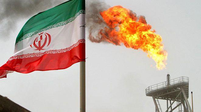 İran`ın petrol ihracatı düşüyor