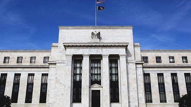 Fed`den sürpriz faiz indirimi