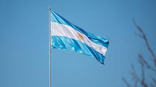 S&P Arjantin`in kredi notunu düşürdü