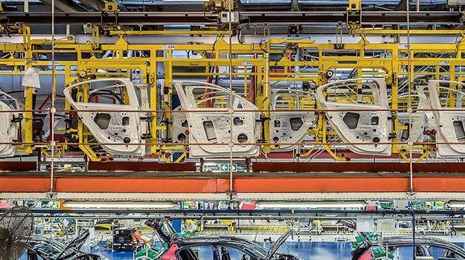 Otomotiv sanayi ihracatta liderlik koltuğunu bırakmıyor