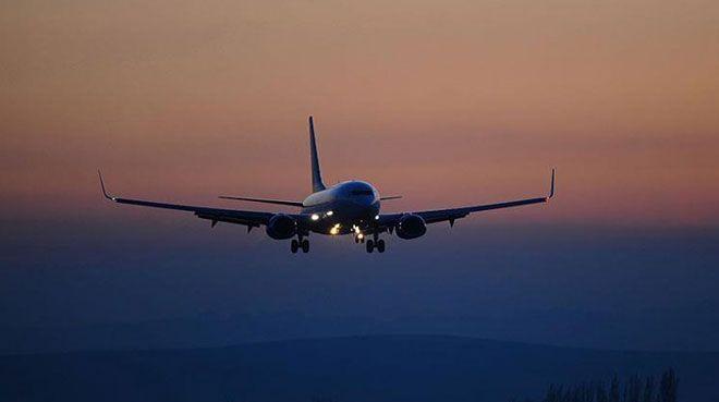Almanya 2 şirketin tüm uçuşlarını iptal etti