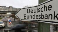 Alman ekonomisi için büyüme tahminini düşürdü