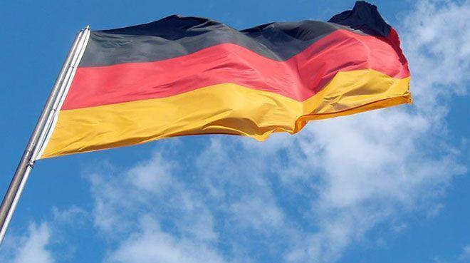 Ekonomideki yavaşlamaya rağmen Almanlar harcamaya devam edecek